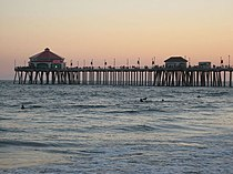 Huntington Pier Terminus.jpg