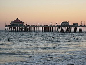 Huntington Beach Pier - Image: Huntington Pier Terminus