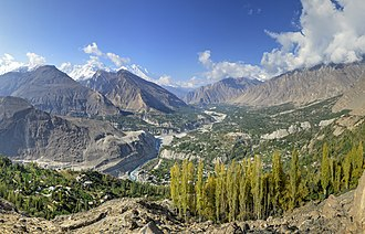 Hunza Valley - Image: Hunza Valley, view from Eagle's Nest