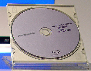 IFA 2005 Panasonic Blu-ray Disc Single Layer 25GB (by HDTVTotalDOTcom).jpg
