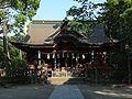 Iigaoka Hachimangū Haiden 2010.jpg