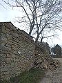 Il Giogo - Muro crollato nel marzo 2011 - panoramio.jpg