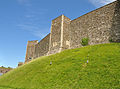 Inner bailey walls, Dover Castle.jpg