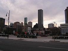 JPMorgan Chase Tower with Houston Skyline.jpg
