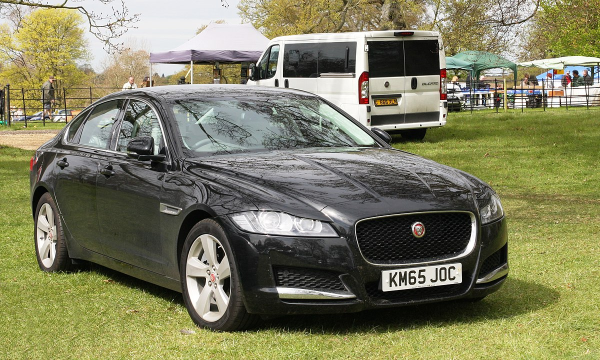 Jaguar XF 30 Diesel S 2010 review  CAR Magazine