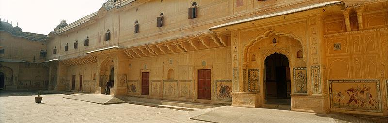 File:Jaipur, Nahargarh Fort, Madhvendra Palace.jpg