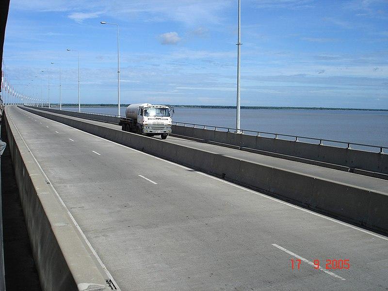 File:Jamuna Bridge - 3.JPG