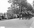 Jan van Schaffelaar kazerne Ermelo, bevordering sergeants tot vaandrigt, Bestanddeelnr 906-7434.jpg