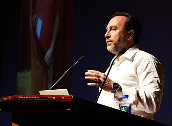 Jimmy Wales in Hong Kong.jpg