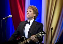 Jon Bon Jovi at Commander-in-Chief Ball (cropped).jpg