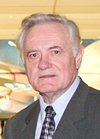 Julius Numavicius with Valdas Adamkus (cropped) 2004.jpg