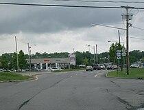 Junction NY 33A on NY 204 west.jpg