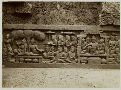 KITLV 28006 - Kassian Céphas - Relief of the hidden base of Borobudur - 1890-1891.tif