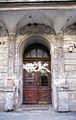 Kamienica przy Piastowskiej 34 - brama fot BMaliszewska.jpg