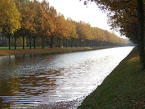 Karlsaue - A canal in the park