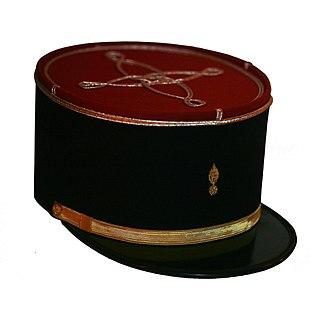 Kepi flat circular cap with a visor