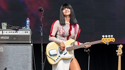Khruangbin vocalist and bass player Laura Lee
