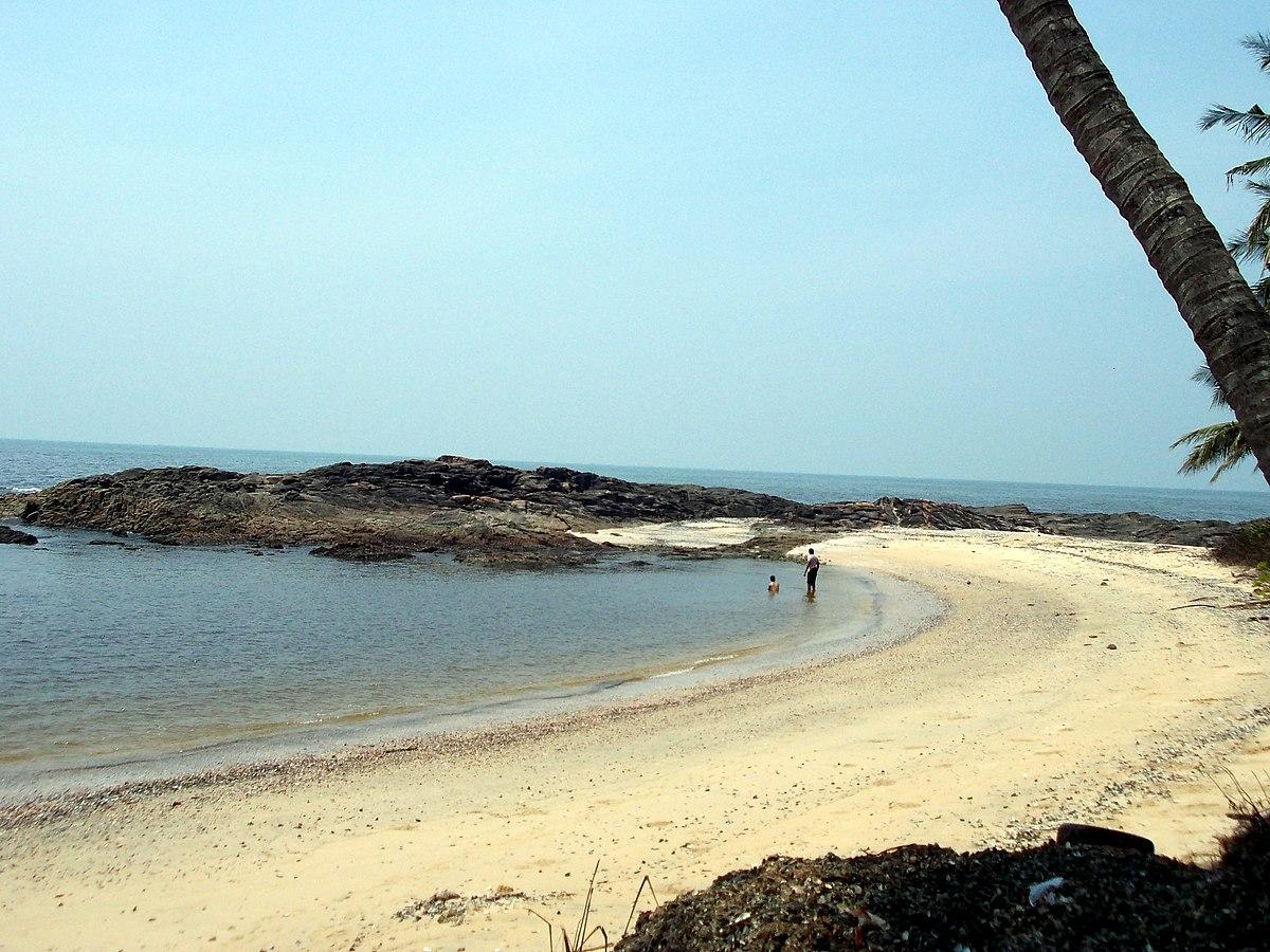 Kizhunna Beach.jpg