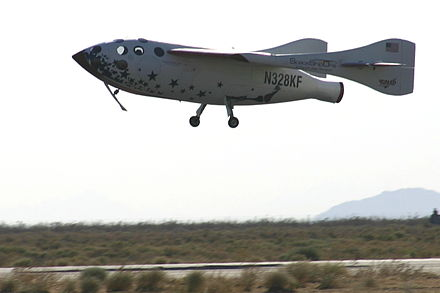 Scaled Composites SpaceShipOne used horizontal landing after being launched from a carrier airplane Kluft-photo-SS1-landing-June-2004-Img 1406c.jpg