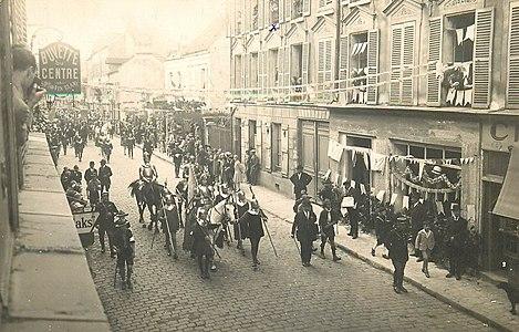 L2538 - Lagny-sur-Marne - Carte postale ancienne.jpg