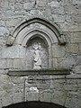 La Souterraine (Creuse, Fr),statuette sur la porte St.Jean.JPG