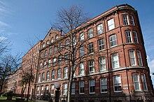 Seven Courts Apartments