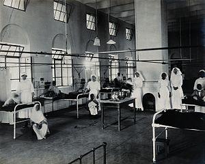 Lady Hardinge Medical College - Nurses at Lady Hardinge Medical College and Hospital, 1921