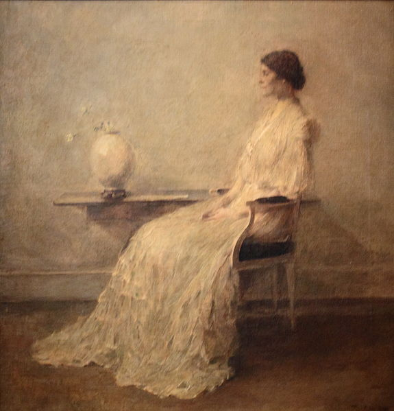 File:Lady in White.JPG