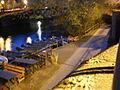 Lahn mit Booten an Weidenhäuser Brücke und Lahntalradweg vom Trojedamm Marburg 2016-04-30.JPG
