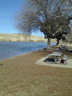 Lake Ming, California.jpg