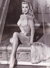 Lana Turner Hot