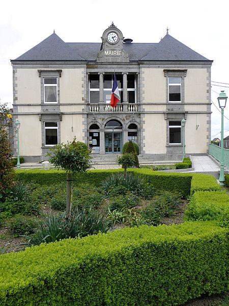 Mairie de Landivy (53).