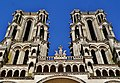 Laon Cathédrale Notre-Dame Fassade Türme 2.jpg