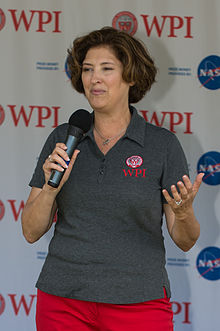 Laurie Leshin in 2015.jpg