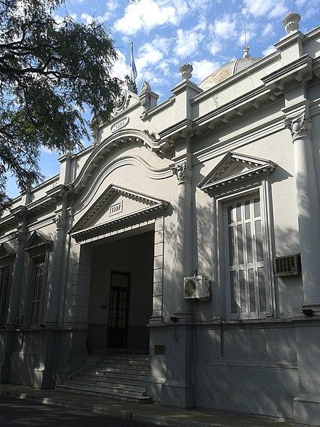 File:Legislatura de la Provincia de Corrientes.jpg
