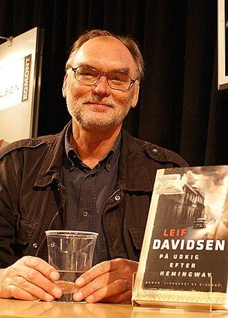 Leif Davidsen - Leif Davidsen presenting På udkig efter Hemingway at the 2008 BogForum in Copenhagen