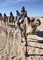 Les diplomates découvrent le charme du Sahara tunisien (5589139630).jpg