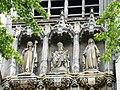 Lille - Détail sur le devant de l'église Saint-Maurice.jpg