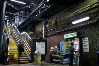 Limehouse station - Inside Limehouse station