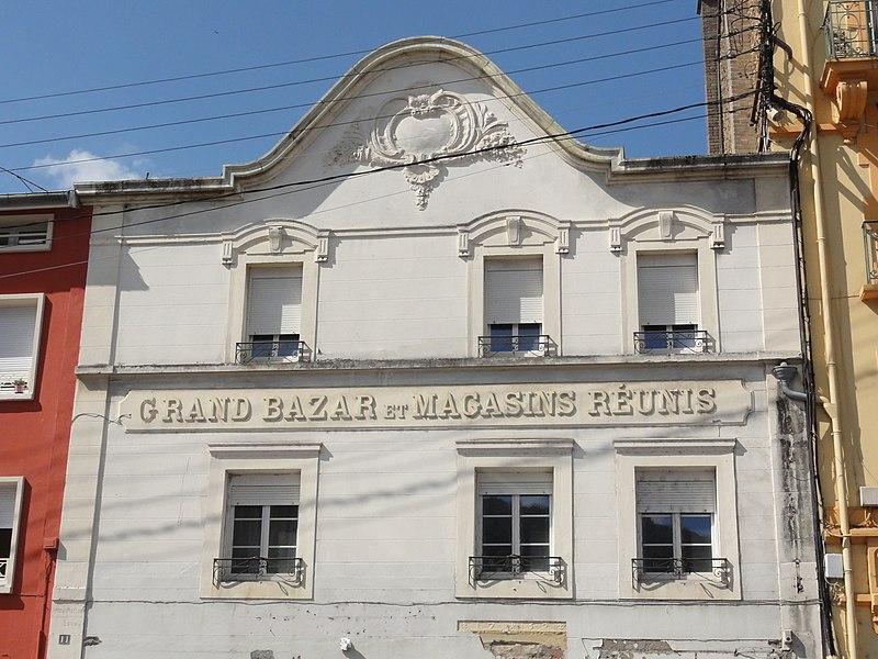 Longuyon (Meurthe-et-M.) façade ancien Grand Bazar