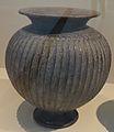 Louvre-Lens - Les Étrusques et la Méditerranée - 078 - Cerveteri, musée national cérétain, inv. 87947 (Olla) (A).JPG