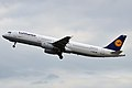 Lufthansa, D-AIRO, Airbus A321-131 (16269523620).jpg