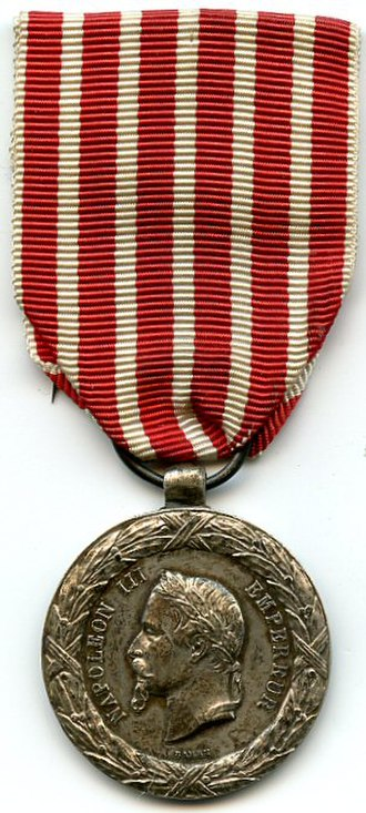Commemorative medal of the 1859 Italian Campaign - Image: Médaille de la campagne d'italie 1859 AVERS