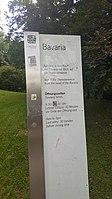 München — Theresienwiese (Schild betr. Bavaria-Statue) .jpg