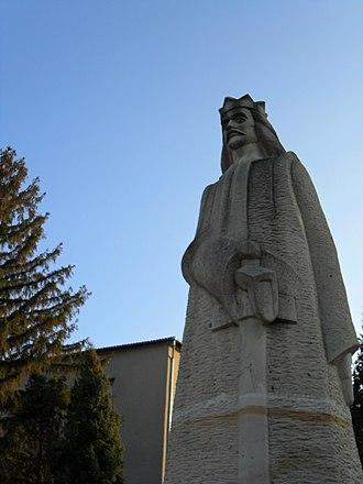 Anenii Noi - Image: MD.AN.AN Ștefan cel mare monument (closer) nov 2012