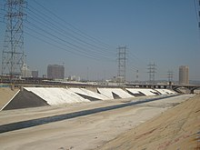 MTA los angeles river.jpg