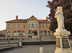 Mairie Jeandelize.JPG