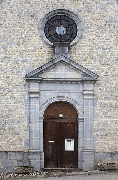 Portail de l'église de Malbrans (Doubs).