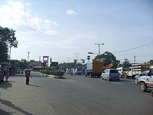 Mount-Poonamallee Road - Manapakkam signal on Mount-Poonamallee Road
