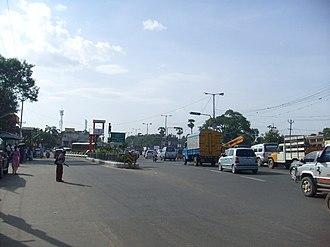 Manapakkam - Manapakkam traffic signal on Mount-Poonamallee Road